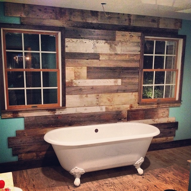 Reclaimed Things Wood Wall Rustic Bathroom