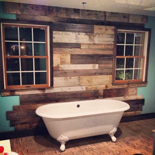 Wood Wall Rustic Bathroom