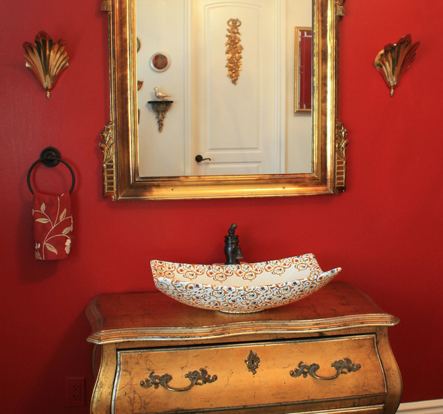Red gold florentine bathroom traditional bathroom for Red and gold bathroom set