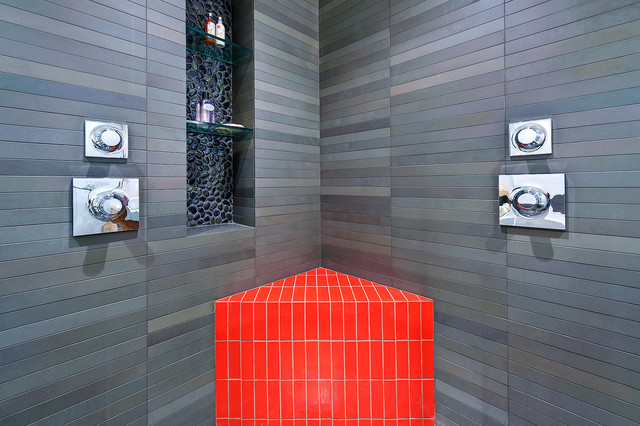 red bench and pebble niche modern bathroom
