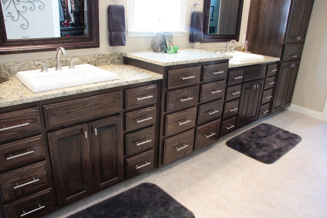 Red Oak Kitchen Bath With Ebony Stain Traditional Bathroom