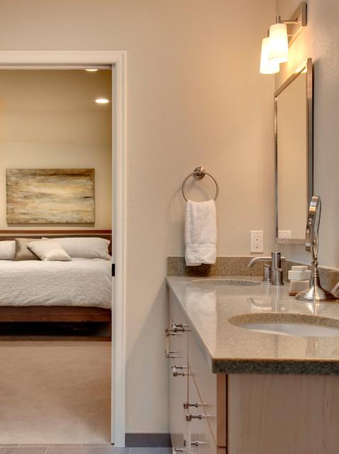 Redmond Revival traditional-bathroom