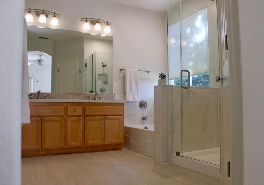 Refined Master Bath Retreat - Davis
