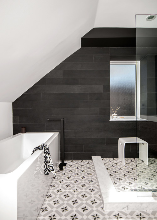 contemporary bathroom Color of the Month: Decorating with White