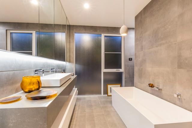 Reid - Euree St - Contemporary - Bathroom - Canberra - Queanbeyan ...