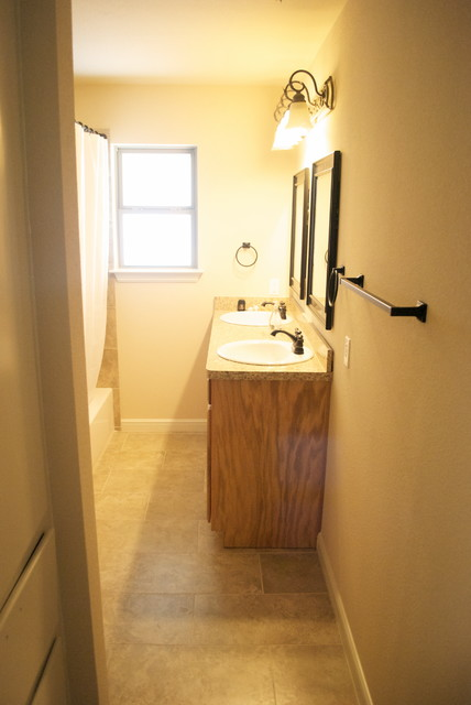 Remodeling traditional-bathroom
