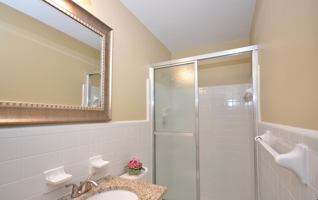 Remodeling to Sell - After traditional-bathroom