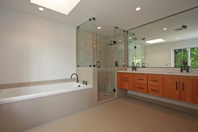 Remodeling contemporary bathroom