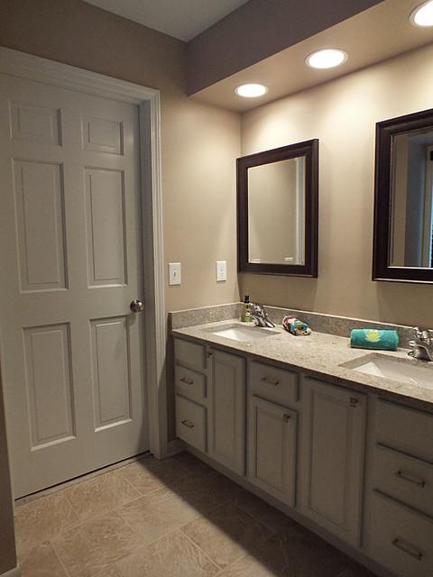 Renovation / Addition traditional-bathroom