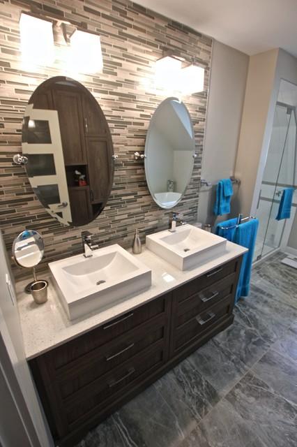 R novation d 39 une salle de bain a saint sauveur modern bathroom mont - Salle de bain modern ...