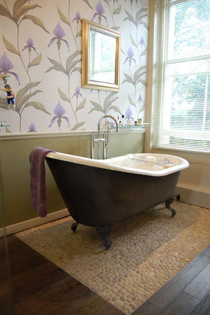 Eclectic North London home traditional-bathroom