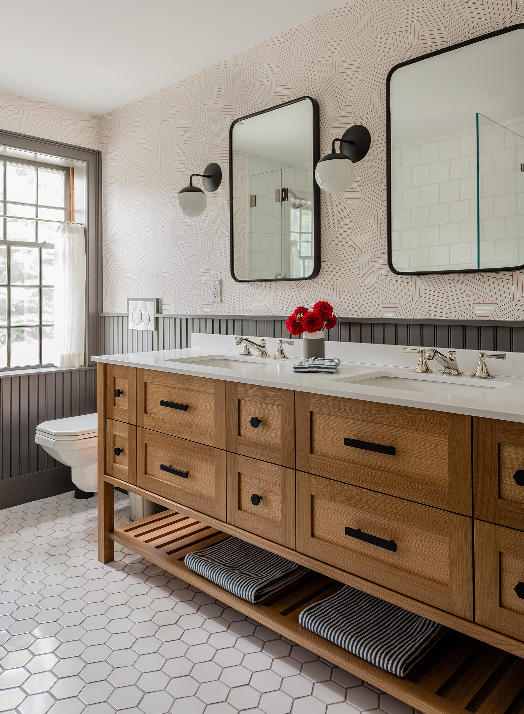 75 Beautiful Wall Paneling Bathroom Pictures Ideas January 2021 Houzz