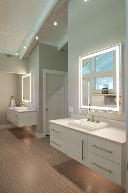Integrity lighted mirror by electric mirror - Residential Photos Of Electric Mirror Projects