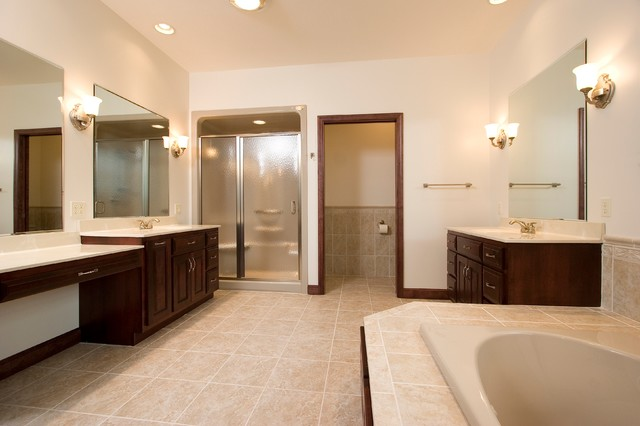 Residential Projects: Bathrooms traditional-bathroom
