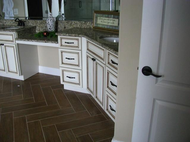 Retail / Contractor Work traditional-bathroom