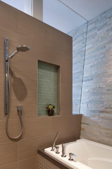 Retaining Wall 2 bathroom