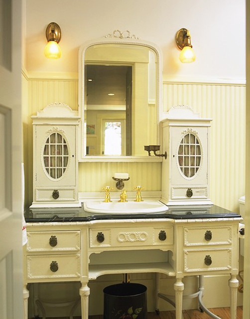Retro vanity traditional bathroom san francisco by mahoney architects interiors for Bathroom vanities san diego