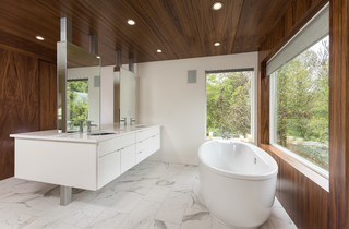 Richard And Laurie S Renovation Modern Bathroom