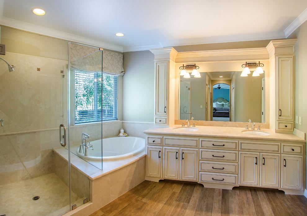 Richardson - Traditional - Bathroom - Sacramento - by ...