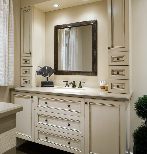 Richmond Hill Home Traditional Bathroom Toronto By Kathy Daukant Interior Design