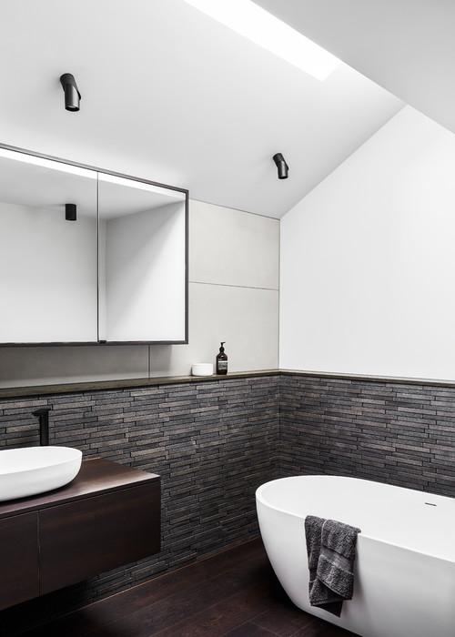 Comment utiliser la pierre naturelle dans la salle de bains ?
