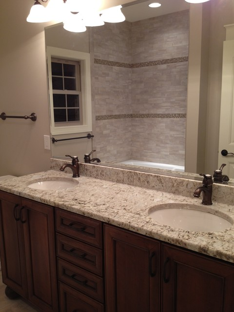 Ridgestone traditional-bathroom