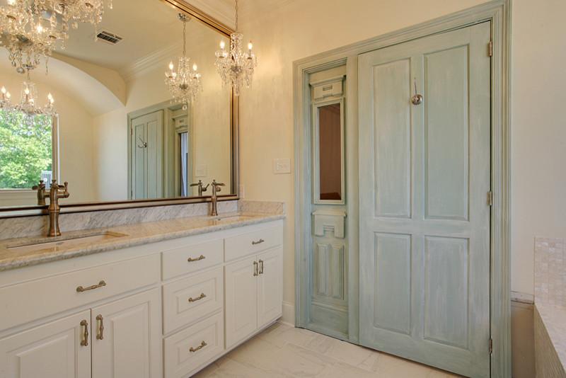 Ridgewood Drive, Old Metairie - Traditional - Bathroom ...