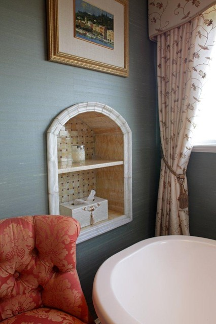 River Bluff Eclectic Colonial traditional-bathroom