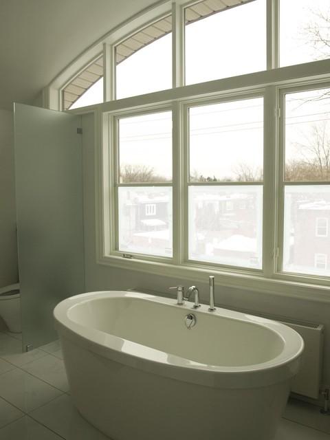Riverdale House contemporary-bathroom
