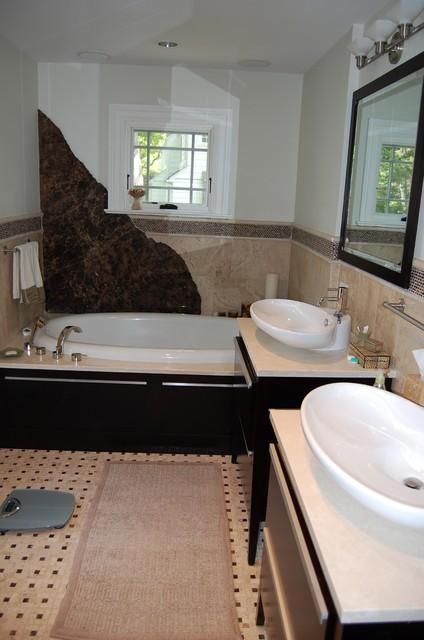 Riverside Colonial Addition traditional-bathroom
