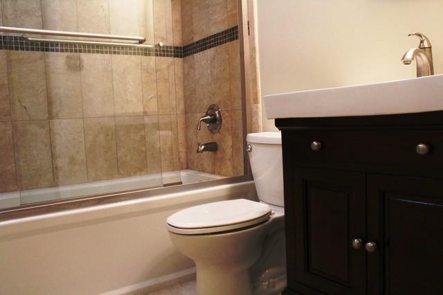Roberts bath traditional-bathroom