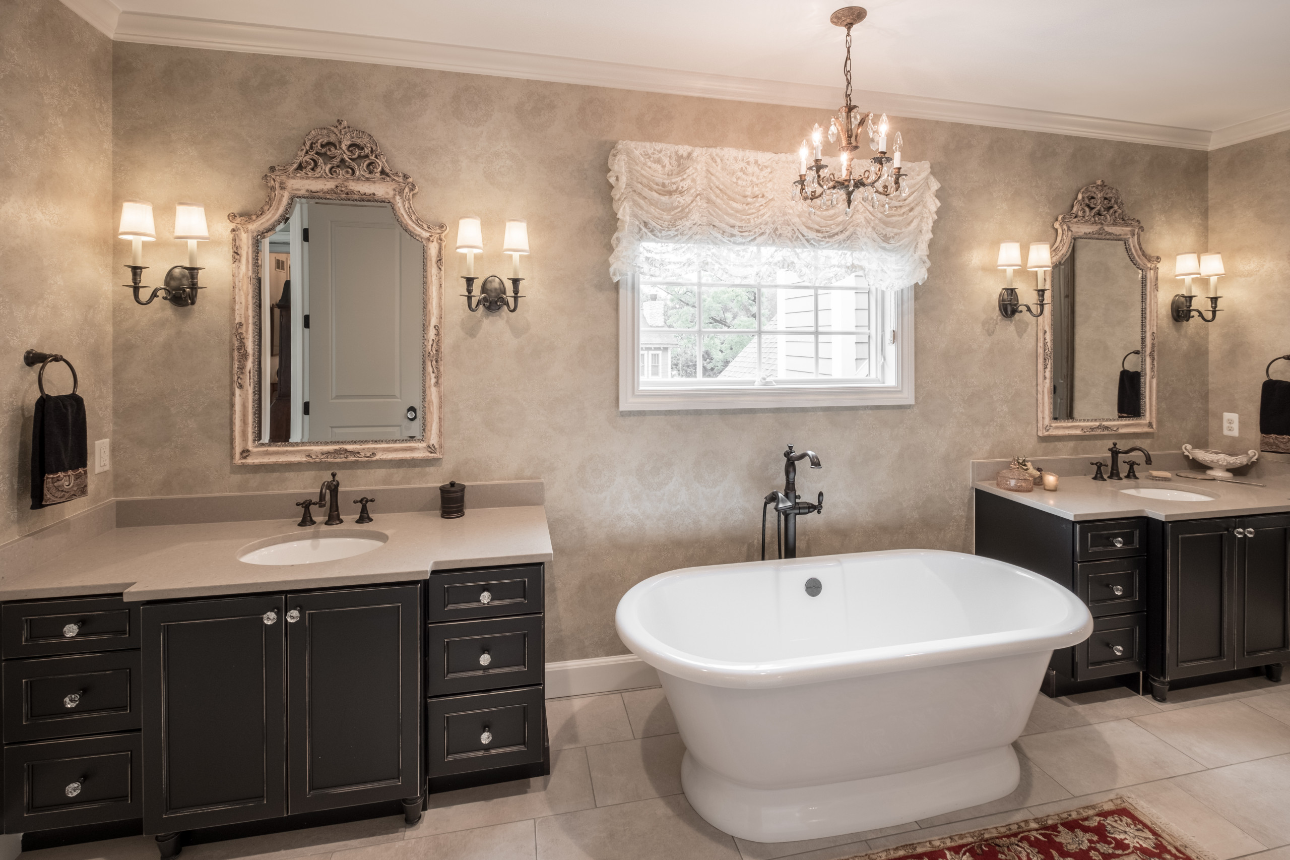 75 Beautiful Large Bathroom Pictures Ideas January 2021 Houzz