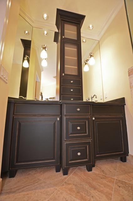 Rock Point Cabinets - Vanities traditional-bathroom