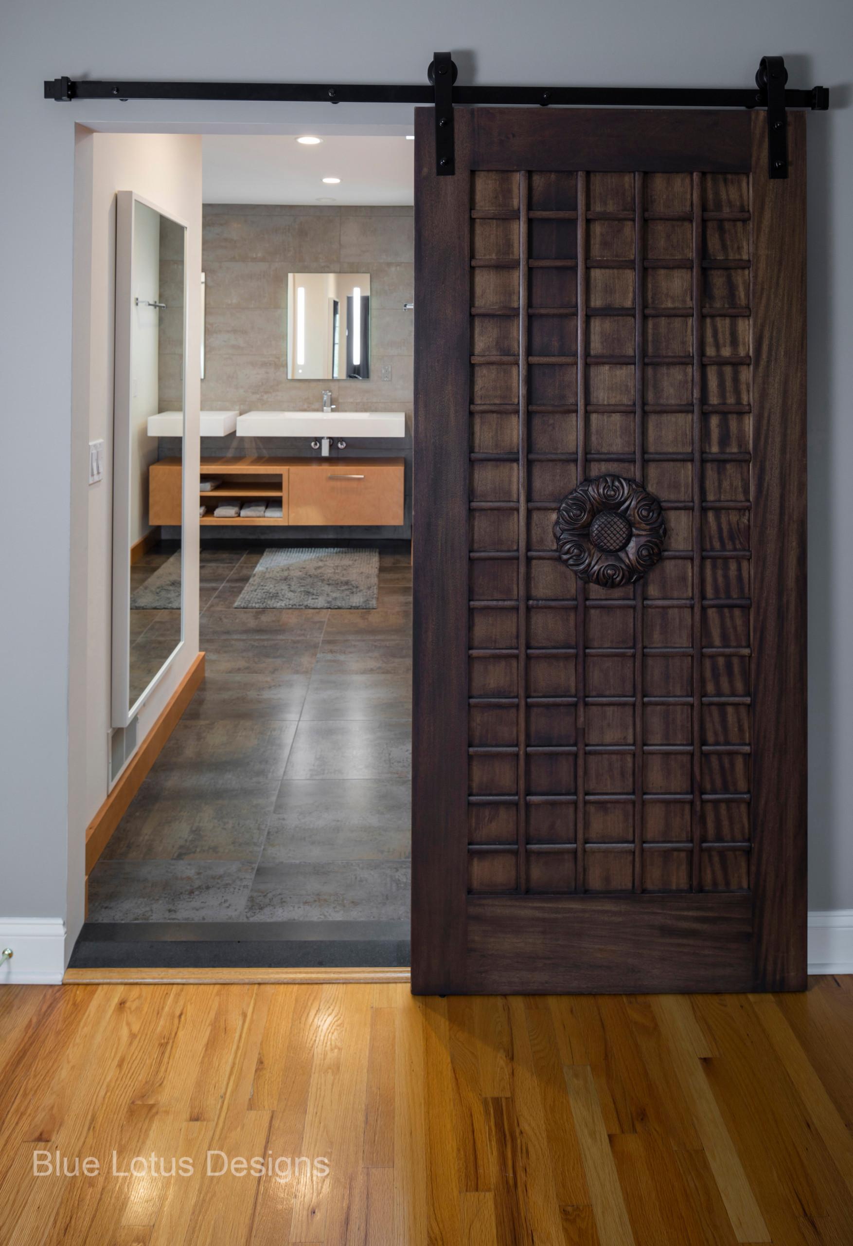Rolling Bedroom door to bathroom