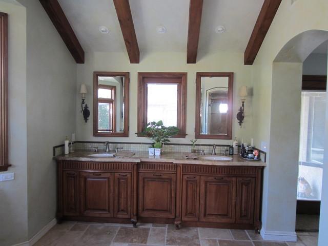 Romantic bath mediterranean-bathroom