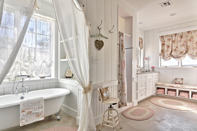 Romantic Hill Country Dream - Shabby-Chic-Style - Badezimmer ...