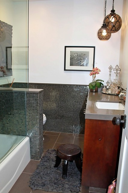 Rose Ave. eclectic-bathroom