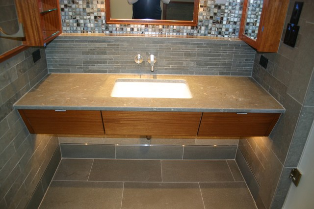 Roseland Drive Project modern-bathroom