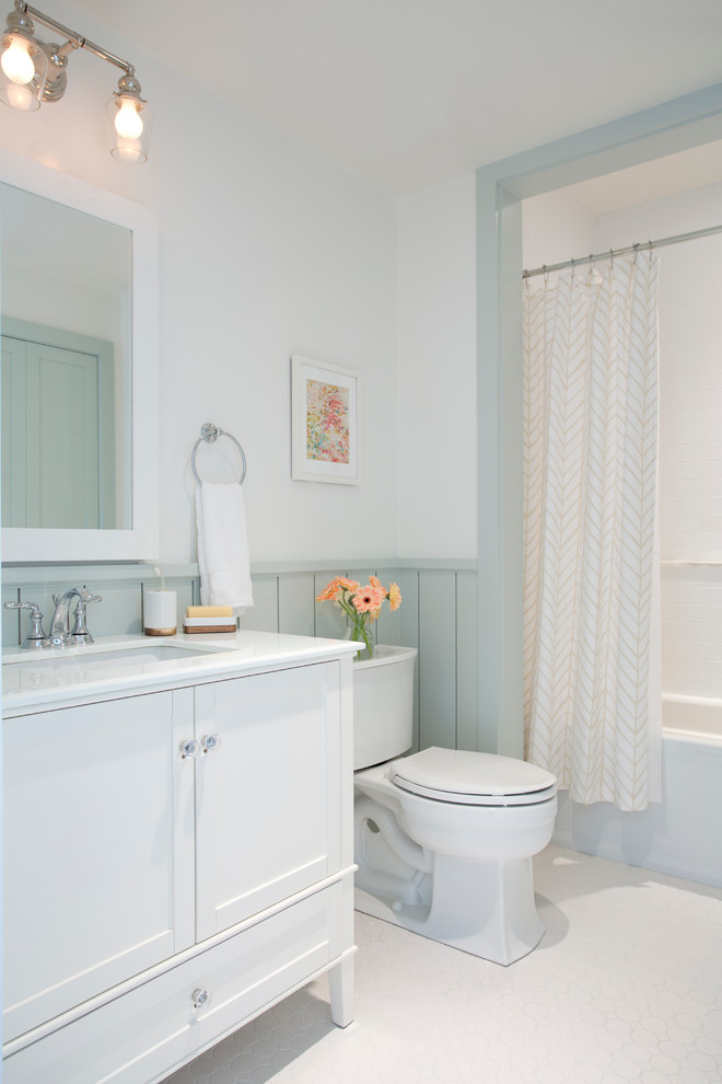 Tub/shower combo - transitional tub/shower combo idea in San Francisco