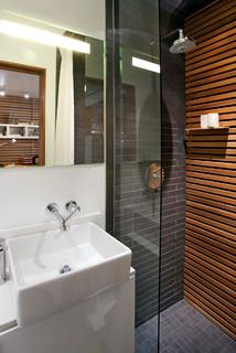 Rowhouse moderne salle de bain denver par s2 for Chambre bebe denver