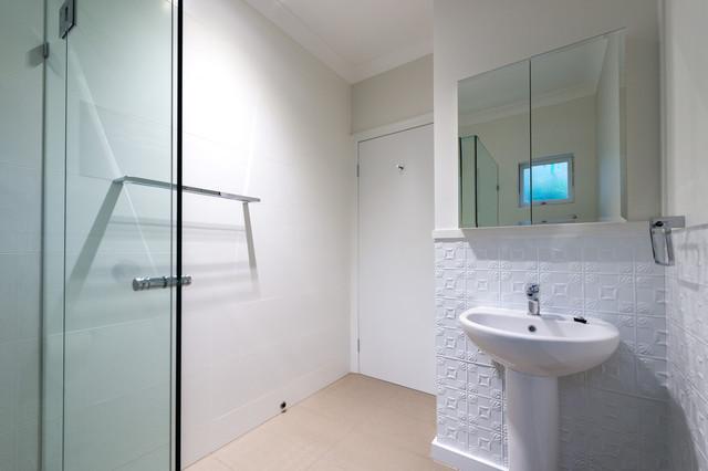 Royal Parade contemporary-bathroom