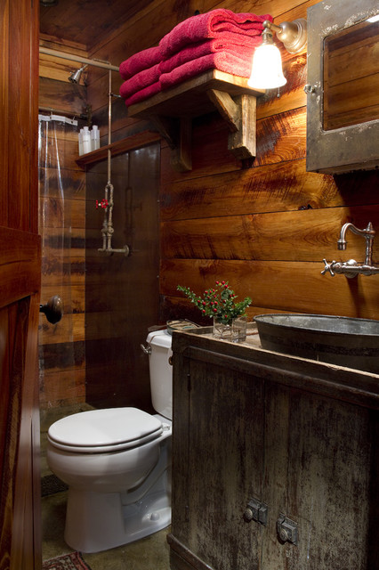 Rustic bath for Houzz bathrooms traditional