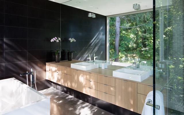 Russet modern-bathroom