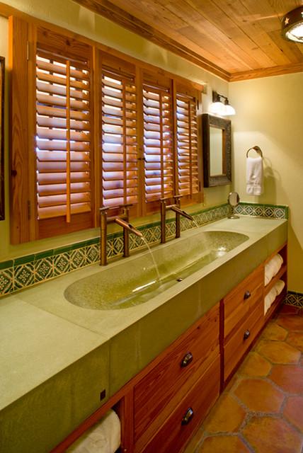 Rustic Mediterranean Ranch Mediterranean Bathroom Houston By Leedy Interiors