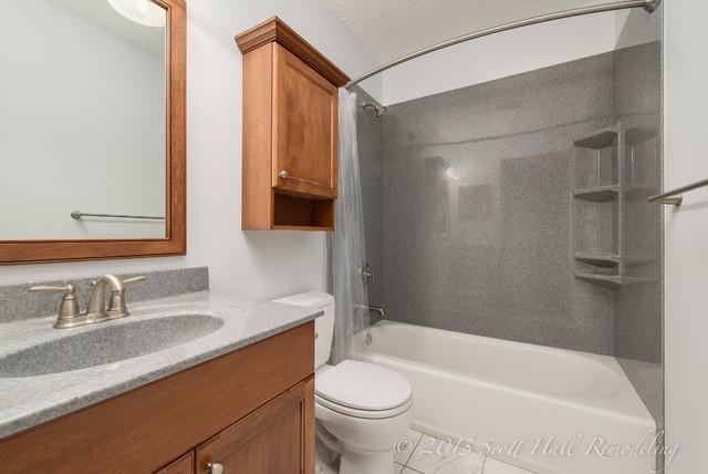 S.K. Hall Bath, Columbus, Ohio traditional-bathroom