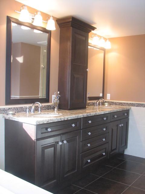 Saddler Circle Kitchen and Bathroom Reno traditional-bathroom
