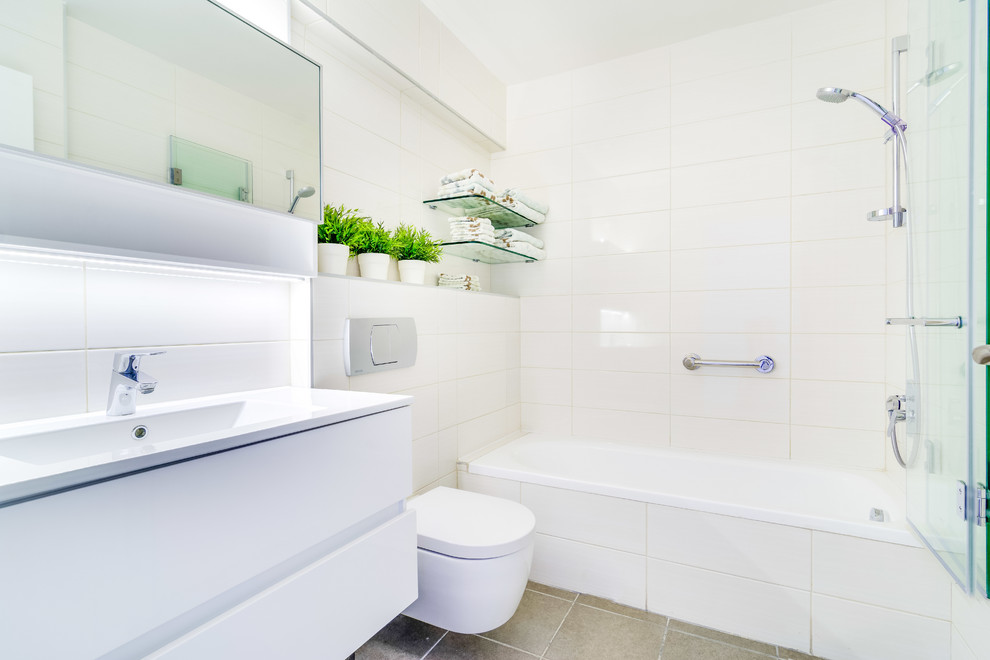 Open shower - contemporary open shower idea in Other