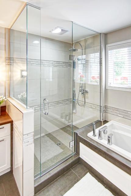 Salle de bain chic classique traditional bathroom montreal by b - Salle de bain classique ...