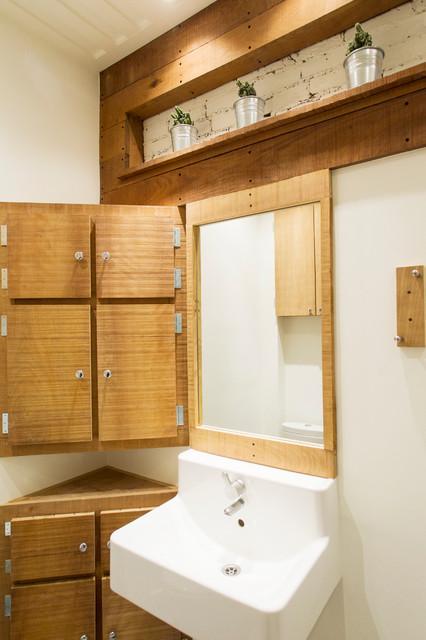 Salle de bain de bois exotique Contemporary Bathroom Montreal by Realtor Montréal # Salle De Bain En Bois Exotique