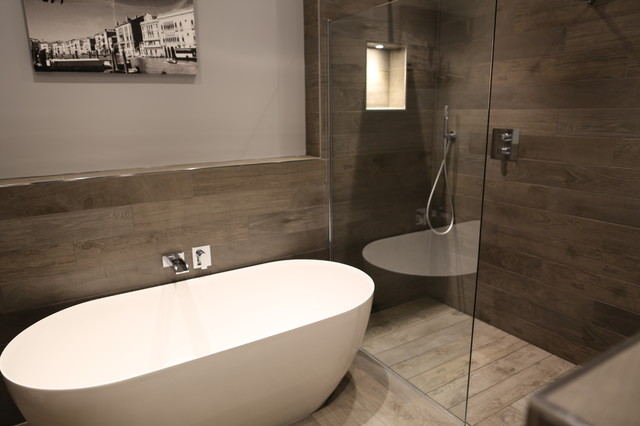Saltcote Maltings, Heybridge, Shower deck system - Modern - Bathroom ...